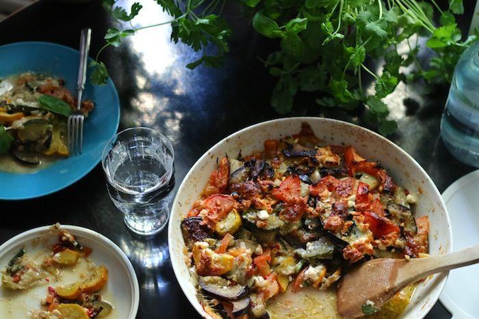 Lähiömutsi: Kesäkurpitsavuoka, jonka jäljiltä lautaset nuollaan