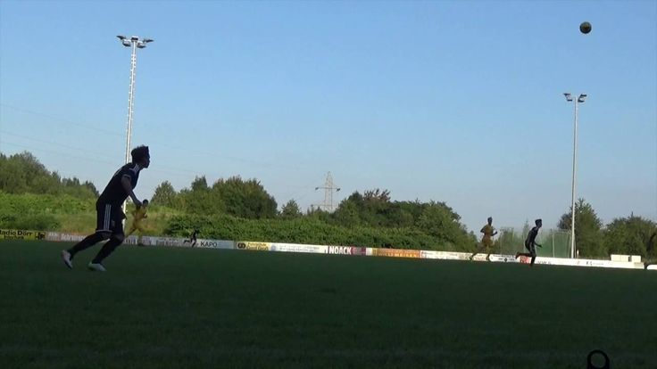 1 FC Saarbrücken U19 gegen SV #Saar 05 II  #Saarland Testspiel zwischen der A-Jugend des 1 FC #Saarbruecken und der 2. Mannschaft des SV #Saar 05 in #Quierschied.  Hierbei wurde viel getestet und ausprobiert. Am Ende gewann der Gastgeber 1:0.  Hat euch das #Video gefallen? Dann Daumen hoch, ansonsten Daumen runter. Hinterlasst einen Kommentar fuer Kritik, Hinweise und Anregungen.  Und Abonniert meinen http://saar.city/?p=25069