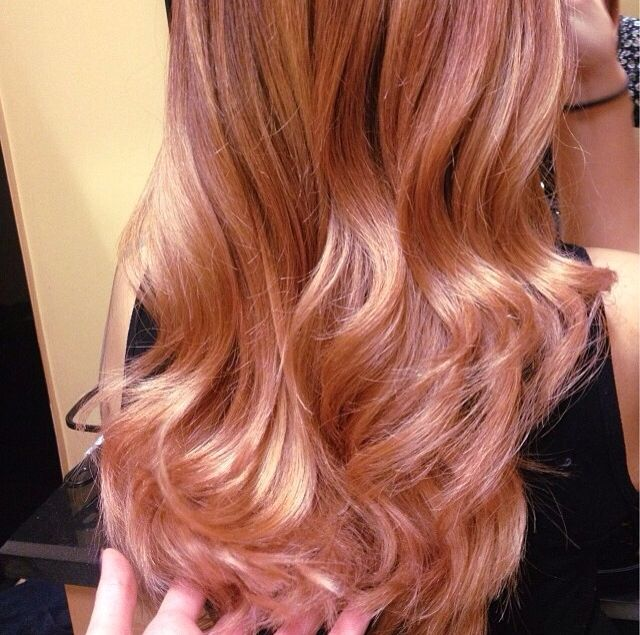 Since we have to have natural colored hair at work and I can't do hot pink, seriously considering rose gold highlights.