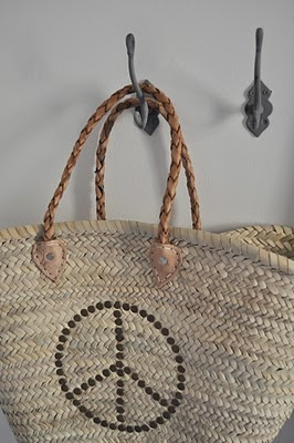 Peace straw bag