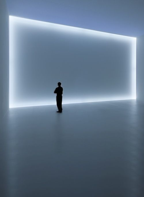 Doug Wheeler's installation. Founder of the Light and Space movement. http://www.nytimes.com/2012/01/15/arts/design/doug-wheeler-builds-infinity-environment-at-david-zwirner.html