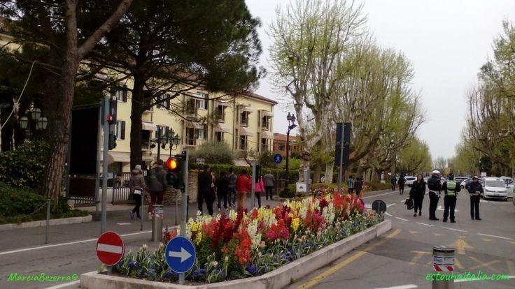 Primavera em Sirmione no Lago de Garda