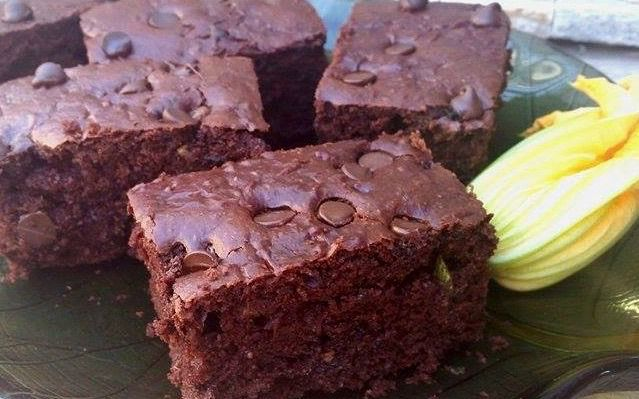 Spelt Sour Cream Chocolate Zucchini Cake: three whole cups of zucchini, way less (natural) sugar and whole spelt flour make this delectable summer cake as nutritious as it is delicious.