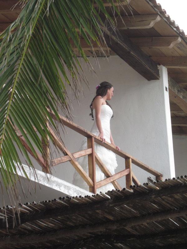 Bride- Beach Wedding- Zipolite-Photos by Tina Winterlik © 2012