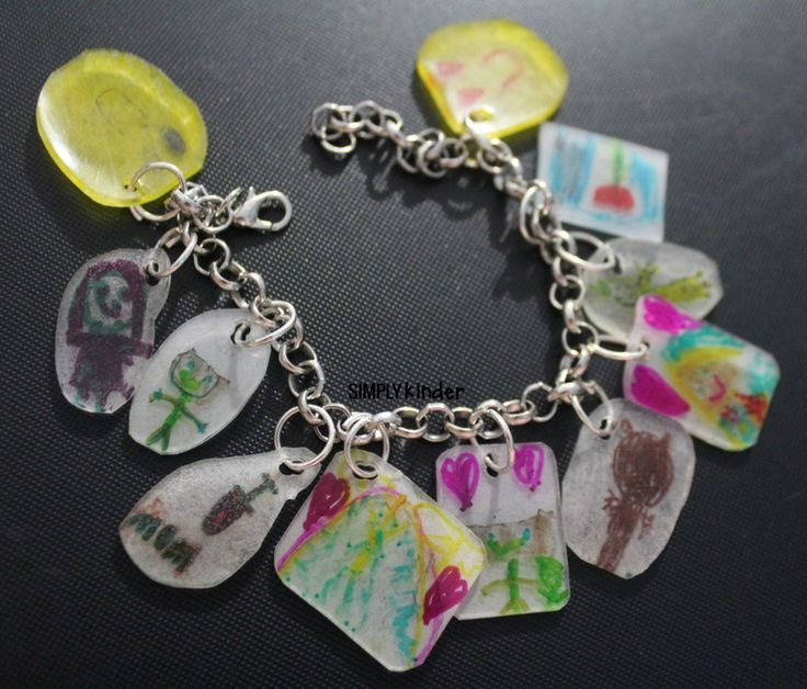 TURN STUDENT WORK INTO BEAUTIFUL JEWELRY WITH THIS FUN PROJECT.  MAKES A GREAT STUDENT TEACHER GIFT, TEACHER'S AIDE GIFT, VOLUNTEER GIFT, OR TEACHER GIFT!  STOP BY SIMPLY KINDER TO SEE HOW.