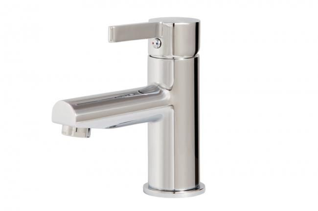 Aquabrass's modern single hole faucet / Blade Collection