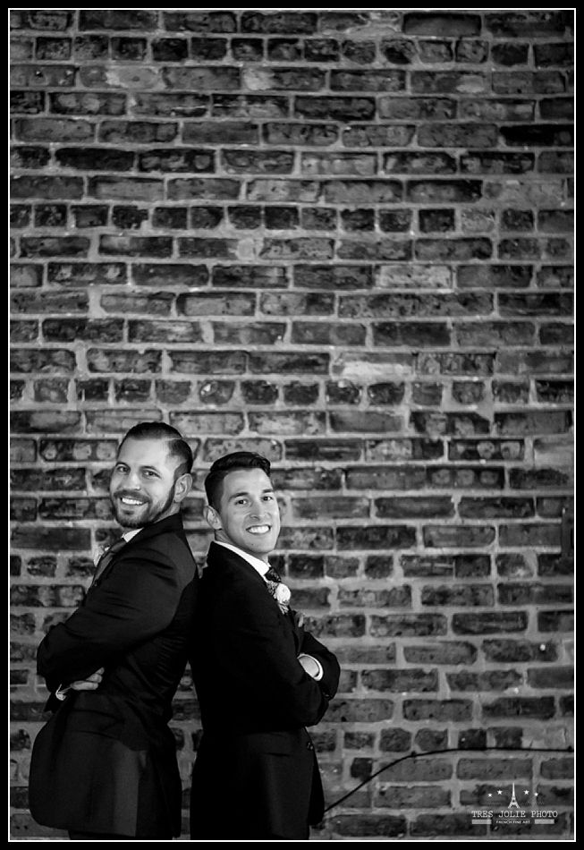 Tres Jolie Photo is a Milwaukee Chicago based wedding photographer. tresjoliephoto.com Same Sex Wedding
