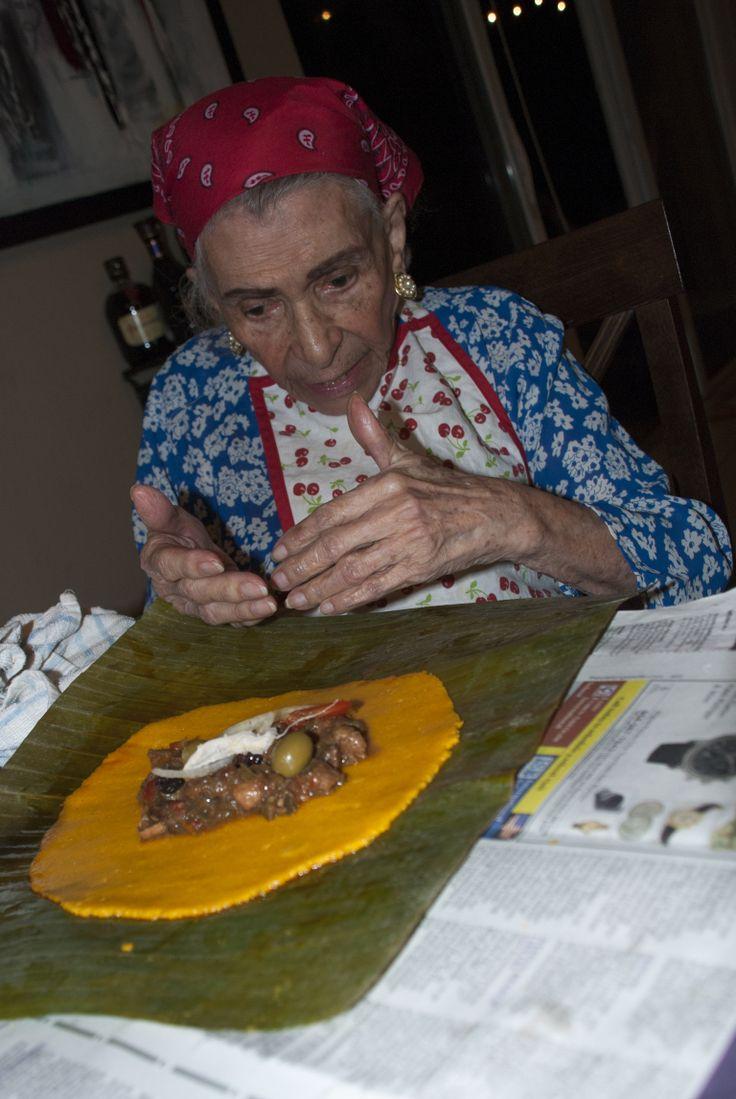 Closing an hallaca (my great-grandmother's method)