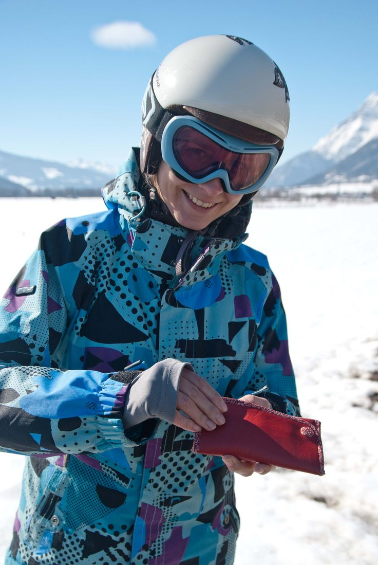 mujbag as the cool snowboarder in Dachstein - Austria