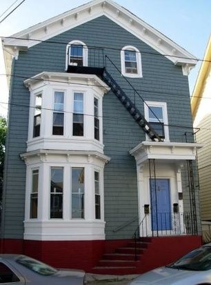 56 Armstrong Ave, Providence, RI 02903    2,910 sqft 2/1 $1,250