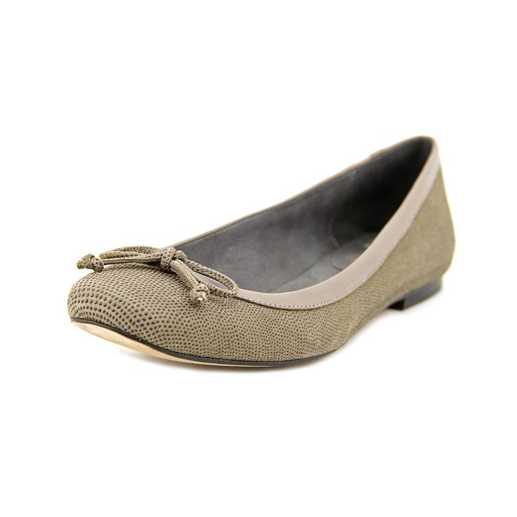 "Stuart Weitzman Lizshoestring Women US 6 Gray Flats. The style name is Lizshoestring. The style number is LIZSHOESTRING-TOP. Brand Color: Topo (Main Color: Gray). Material: Leather. Measurements: 0.25"" heel. Width: B(M)."