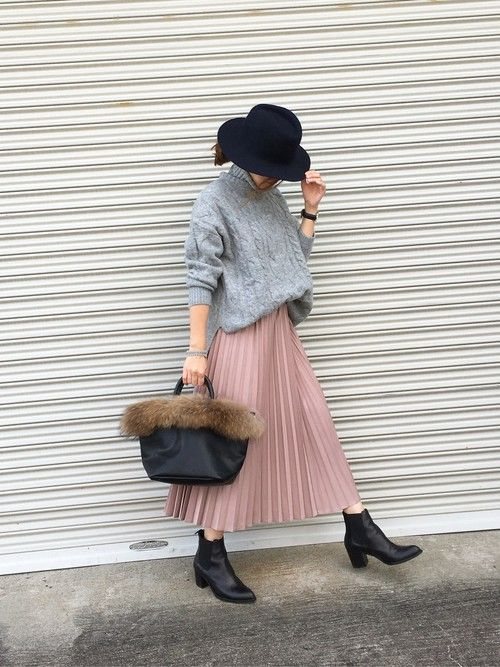 Oversized Sweater + Pleated Midi Skirt