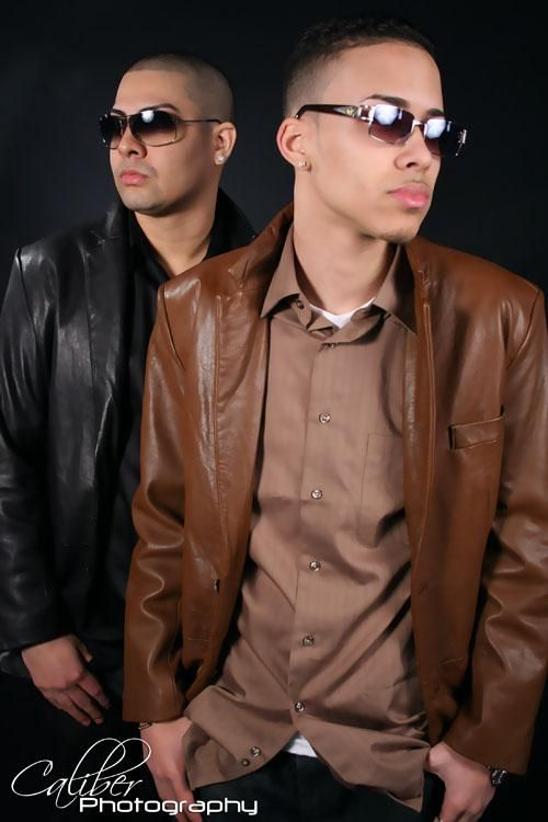 Omg! Omg!! I definitely remember Jino y Royce, Prince Royce at age 18 when they went on sabado gigante back in 2008. So I've actually been a fan for a really long time without even remembering, 6 years to be exact. Lol All I can say is thank god he turned to bachata music instead!! Very smart choice <3 #ICantBelieveIForgotAboutThem #ITotallyRememberThemWithoutADoubt #IHadThoughtGeofferyWasCute #SomehowIDiscoveredThe #UndiscoveredMusic #2006 #2007 #TruePrinceRoyceFan #MyRandomSelf