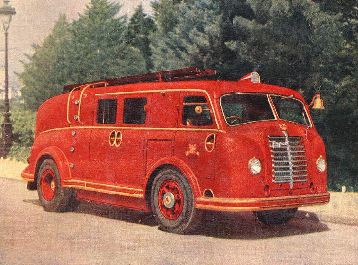 Pegaso 'Mofletes' fire truck
