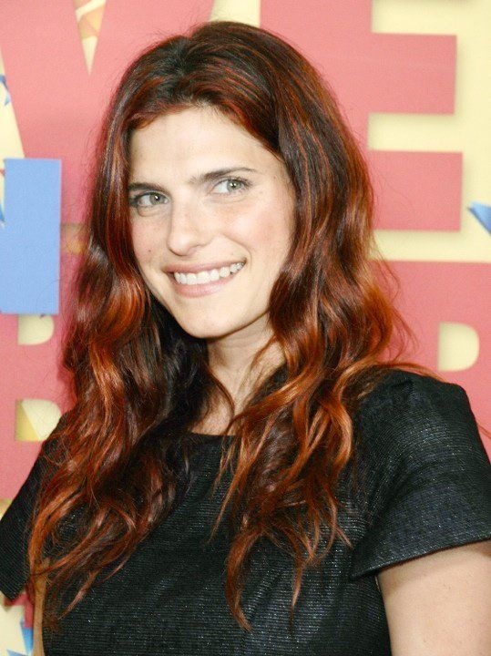 Lake Bell as Suzette
