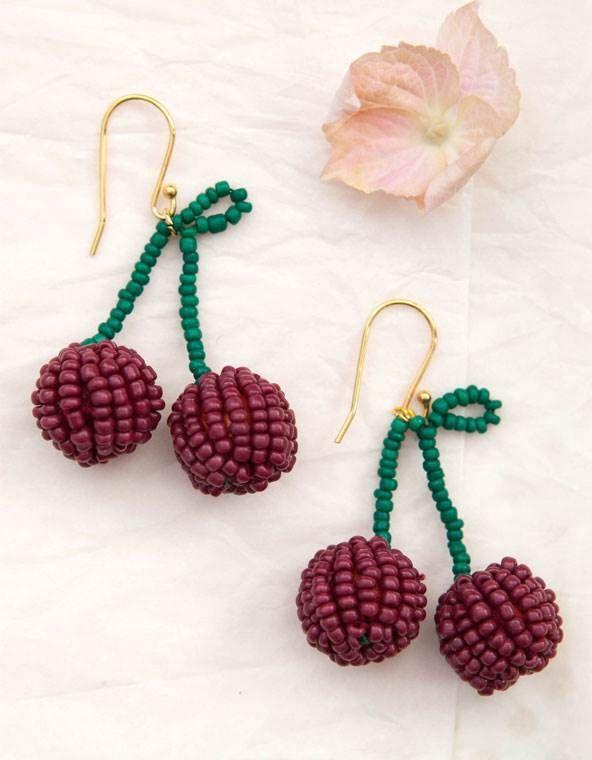 Perleøreringe med kirsebær - smykker