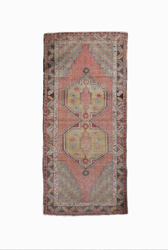 This Beautiful Rug Will Help To Accent Your Cur Interior Decor Or It Can You Create An Entirely New Look Handwoven By Skilled Craftspeo