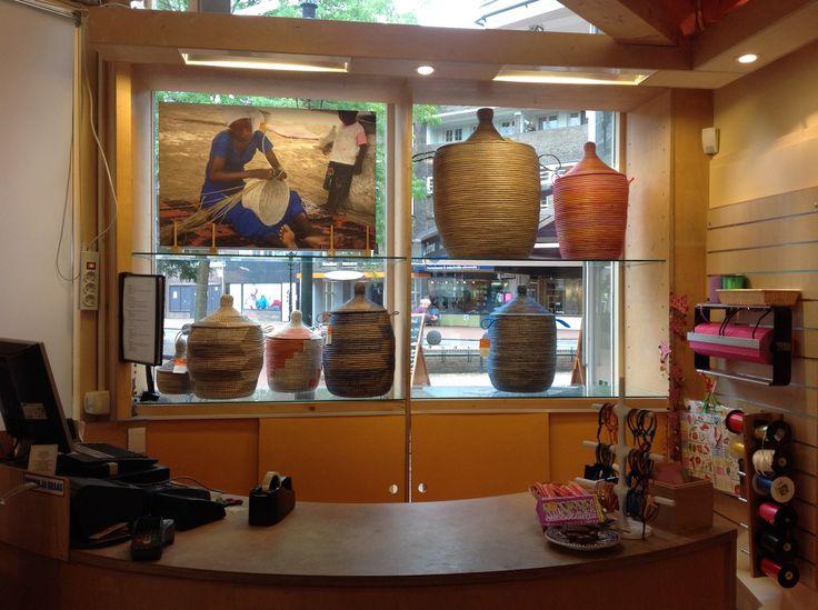 Wereldwinkel Bussum, Fair Trade cadeauwinkel. Leuk, hip assortiment. Producten met een verhaal. Kom gauw kijken