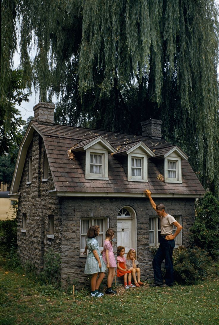 Shepherd College buit this house to attract youngsters to summer courses. Bedroom, stairs, kitchen—everything is miniature. Shepherdstown, West Virginia, August 1948.Photograph by Walter Meayers Edwards, National Geographic