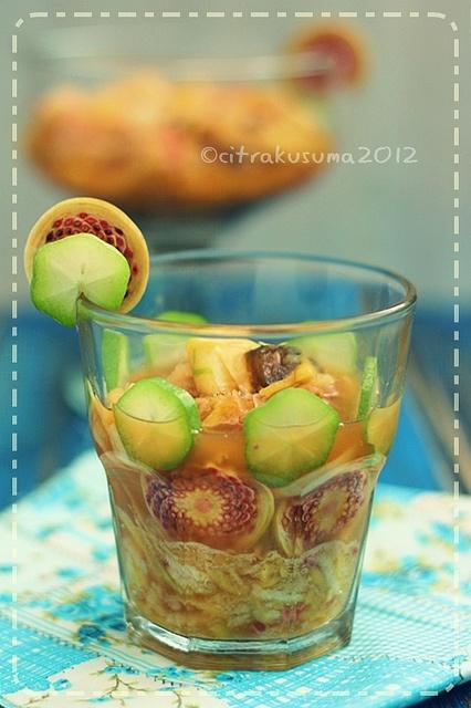Rujak Kecombrang (Torch Ginger Rujak/Salad) by Emak Ndaru.