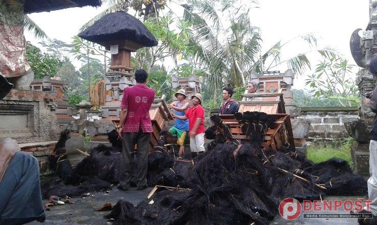 Puting Beliung Rusak Puluhan Rumah di Bangli - http://denpost.imediamu.com/2015/03/11/puting-beliung-rusak-puluhan-rumah-di-bangli/