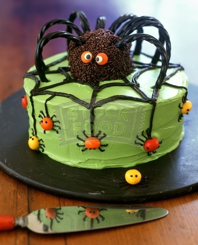 10 best Halloween cake decorations images on Pinterest Cakes - halloween cake decorations