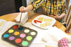 """Now there's an idea--evaporated milk and food coloring, """"paint"""" the unbaked cookies, bake and they're beautiful!"""