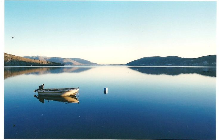 TRAVEL'IN GREECE | Kastoria Lake, #travelingreece