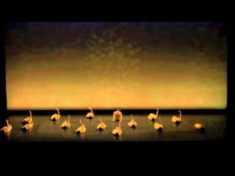 it was inspired by a poem. dance studio pep, Yoko Yamamoto. modern dance  いちめんのなのはな いちめんのなのはな。。。。と続く詩からインスピレーションを受けた作品。ダンススタジオpep山本洋子。  モダンダンス。