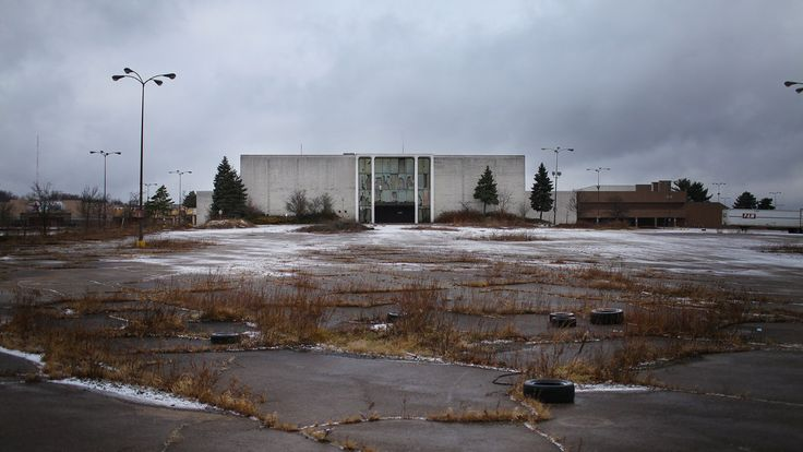 The Economics (and Nostalgia) of Dead Malls - NYTimes.com 1/3/15 obama's 'policies' are KILLING the middle class. With income inequality continuing to widen, high-end malls are thriving, even as stolid retail chains like Sears, Kmart and J. C. Penney falter, taking the middle- and working-class malls they anchored with them.