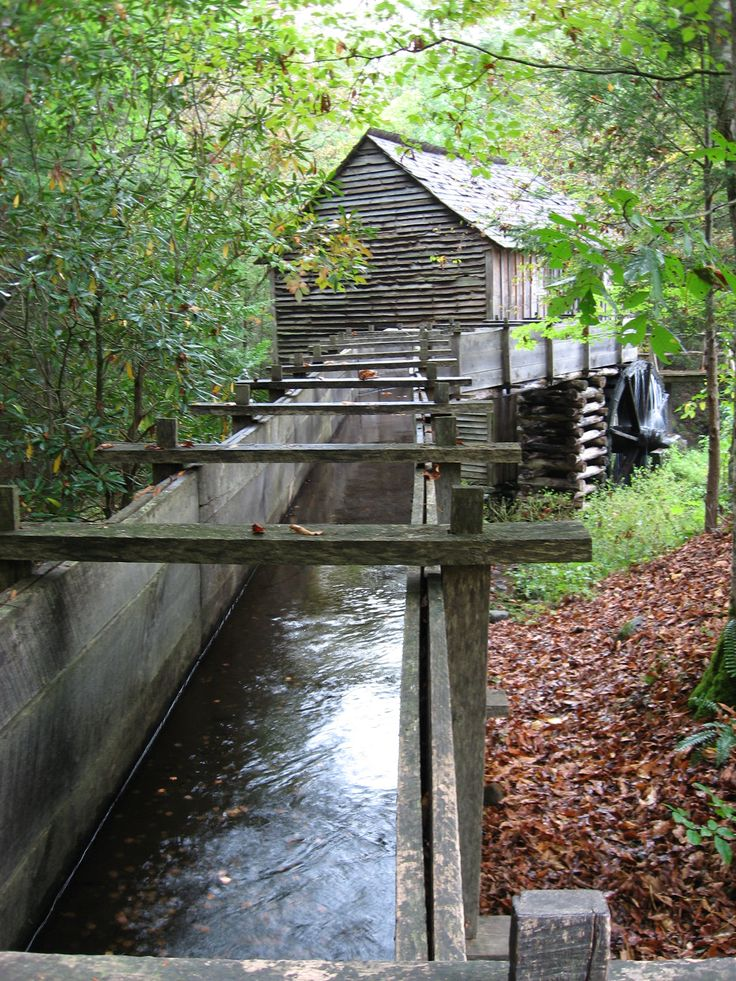 Mill in #Cades #Cove, #Tennessee  ONE OF THE ABSOLUTE BEST PLACES I'VE BEEN ~ RODE THE GOLDWINGS THROUGH IN THE SPRING ~ LOVED IT LOVED IT LOVED IT