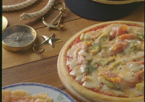 Pizza au saumon fumé et fonds d'artichauts | Croquons La Vie - Nestlé