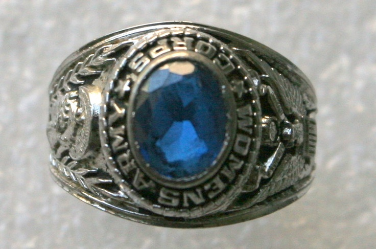 Women's Army Corps (WAC) Silver Blue Sapphire Ring Korean War Era.