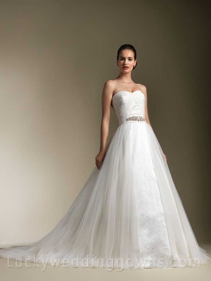 Strapless Ruched Sweetheart Neck Glamorous Wedding Dress with Beaded Belt