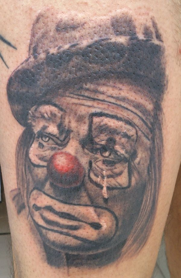 25 best ideas about clown tattoo on pinterest scary clown drawing creepy drawings and evil. Black Bedroom Furniture Sets. Home Design Ideas