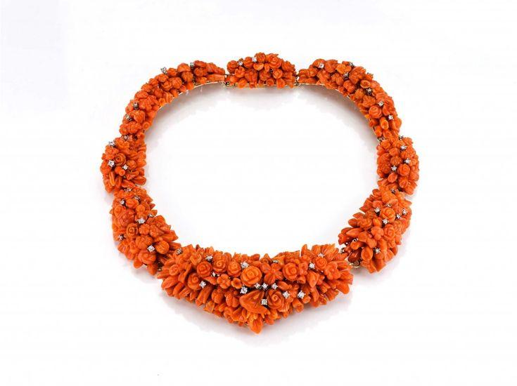 Collana Costellazioni, a Creation of  Oro di Sciacca http://www.theducker.com/jewelry/le-creazioni-oro-di-sciacca-dove-rivive-la-magia-del-corallo/#!
