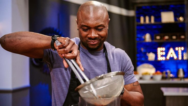 Former NFL player Eddie Jackson just scored a TV touchdown: Sunday night's Food Network Star finale revealed Jackson as Season 11's winner, which means he'll get his own show on Food Network. And it wasn't a big surprise: Jackson shined all season long with his smooth on-camera delivery (the ladies love this guy) and his mouth-watering Caribbean-inspired cuisine.
