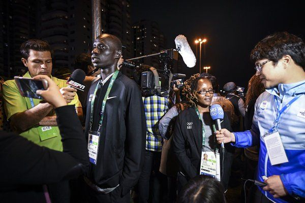 The World Loves Refugees, When They're Olympians - NYTimes.com