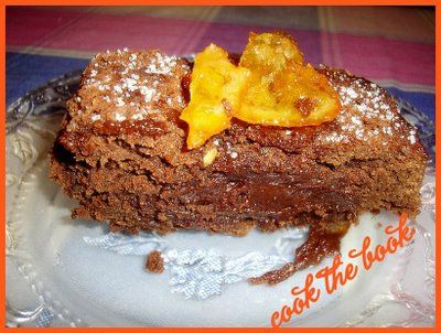 cookthebook: Σοκολατενιο κεικ με ταχίνι
