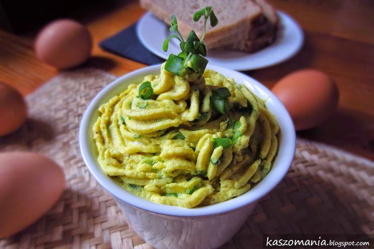 Kaszomania - pomysły na dania z kaszy jaglanej: Pasta z kaszy jaglanej, jajek i szczypioru