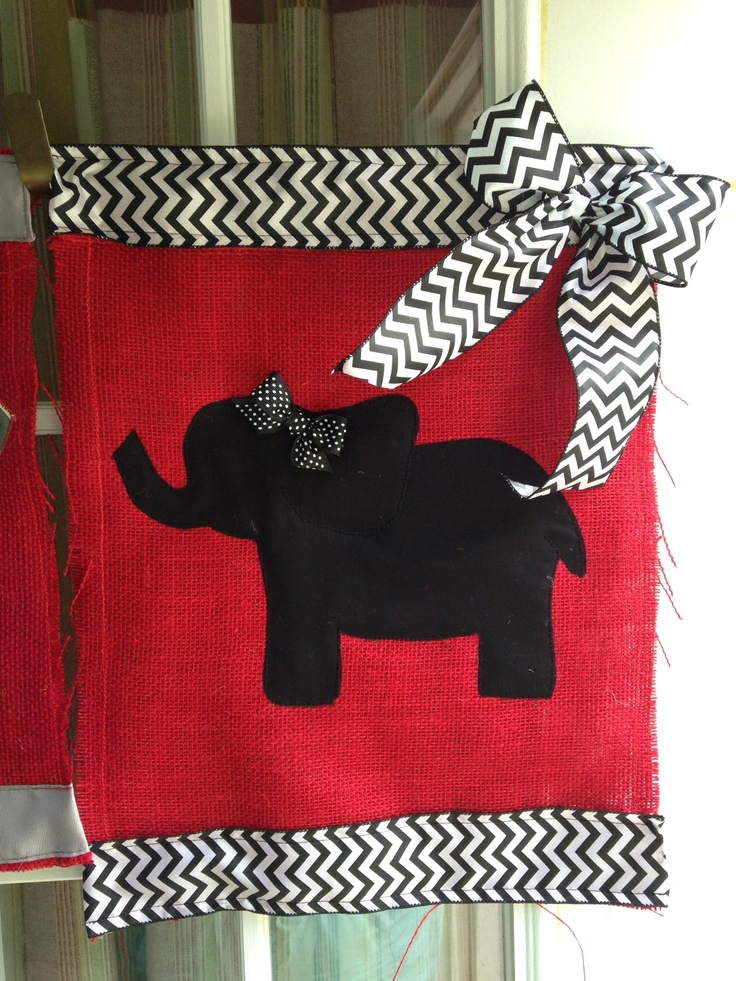 Sew your own burlap yard flag