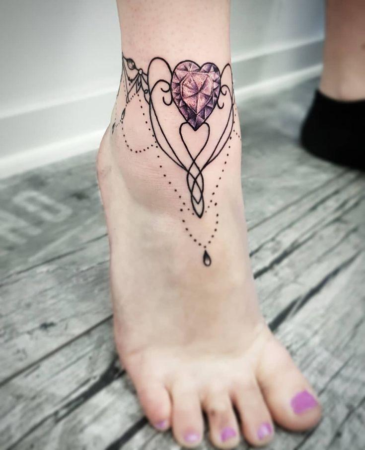 Gem Heart Anklet Tattoo | Tattoo Ideas and Inspiration | Tatuagem no tornozelo, Desenhos tatuagem no tornozelo, Tatuagens no pé