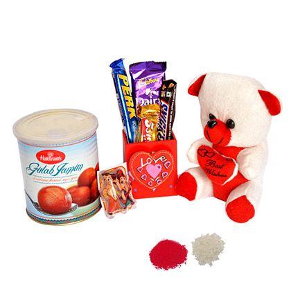 Shop this beautiful #kidsrakhi hamper at http://rakhi.giftalove.com/kids-rakhi-40.html