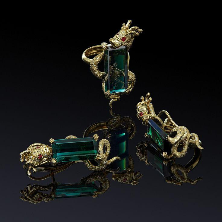 Ювелирный постер Diamond Jewelry. Фотосъемка ювелирных украшений с драгоценными камнями. Jewellery Photography
