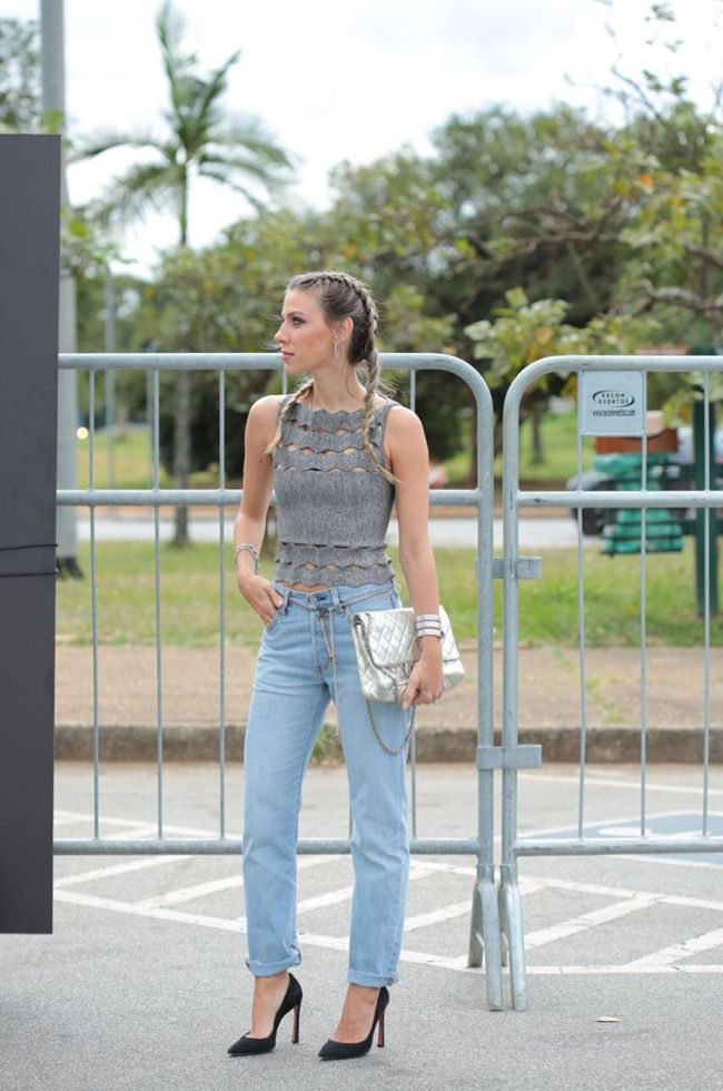 Nati Vozza do Blog de Moda Glam4You com trança boxeadora em seu look do SPFW 2016.