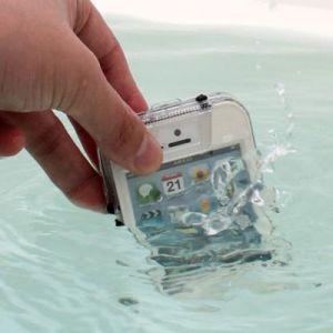 4 Pilihan Case Handphone Tahan Air yang Bisa Dibeli di Toko Online Indonesia