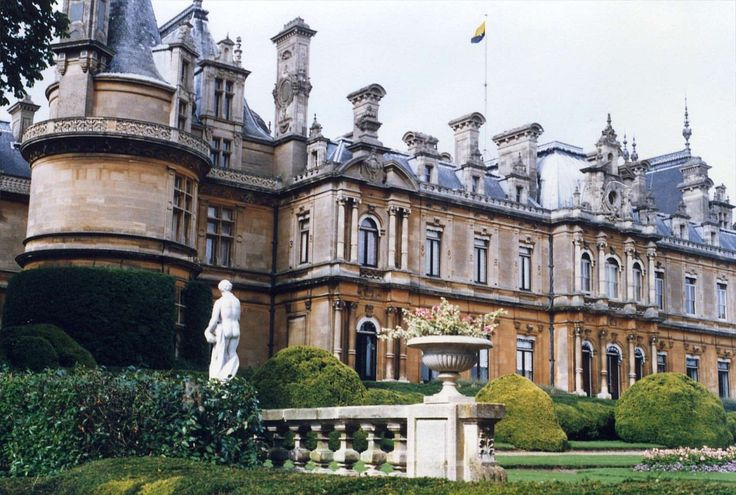 Waddesdon Manor, Buckinghamshire bybestfor /... : expressions-of-nature