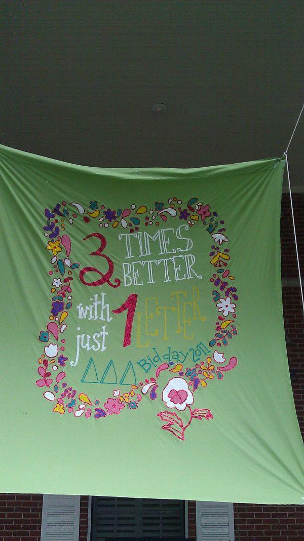 Super cute banner from Theta Gamma. I love Tri DeltaBid Day Themes, Sigma 3, Greek, Deltadeltadelta, Banners Ideas, Try Delta, Delta Girls, Delta Delta Delta, Sorority