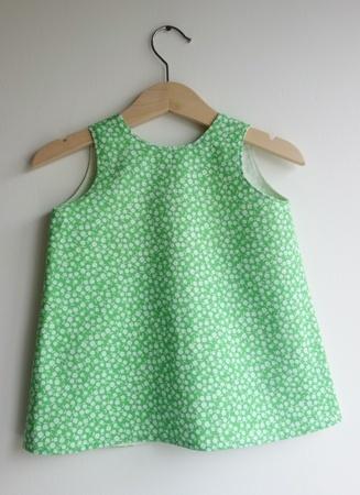 EPLA-butikk: kledd. Sommerkledd i kjole. 1 år.