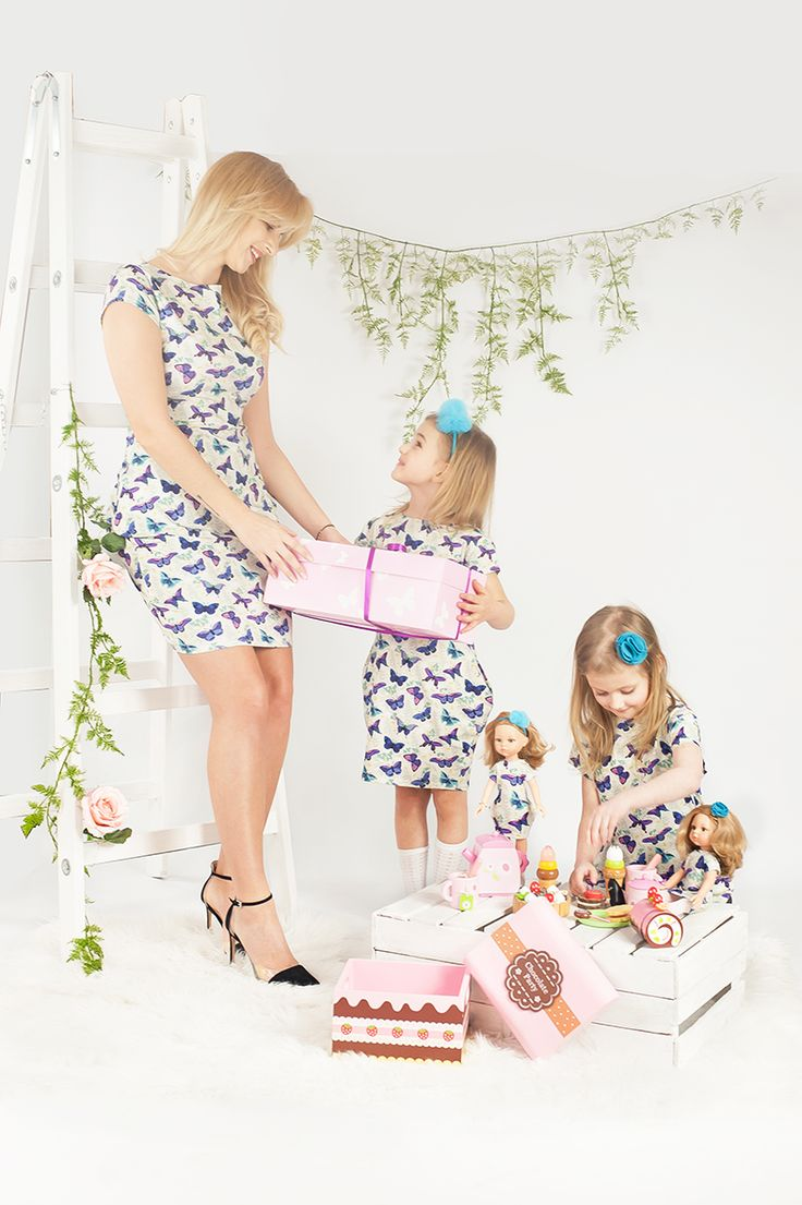 Lalka, mama i córka ubrane identycznie. Takie cuda są możliwe dzięki La Lalla. Mother, daughter and doll in the same dress. Mutter, Tochter und Puppe im Partnerlook.